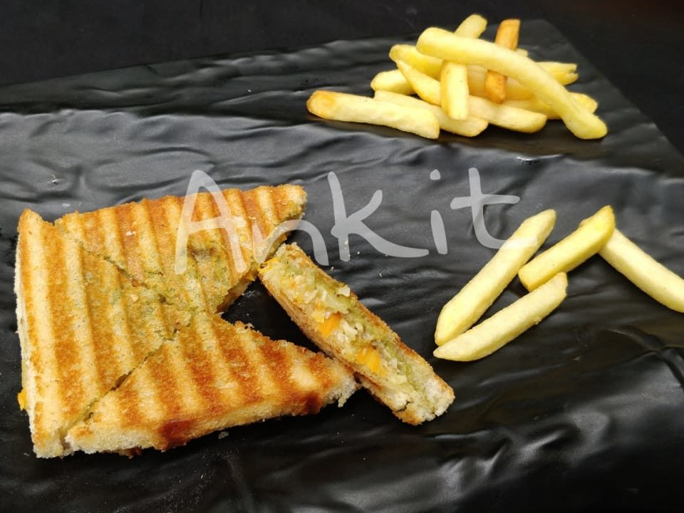 Creamy Cheese Sandwich